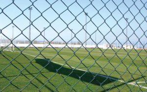 Giá lưới B40 năm 2019 sử dụng làm hàng rào hoặc làm rào vườn.